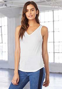 T-shirt fluída com decote V Flowy